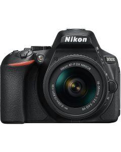 Nikon D5600 + AF-P 18-55 VR Black +16gb +bag